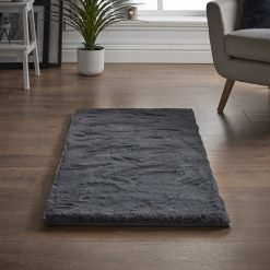 faux-rabbit-fur-rug-silver